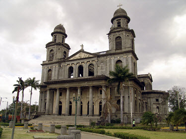 The ruins of Managua cathedral.