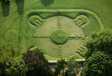 The grass labyrinth at Saffron Walden, a 17th century earthwork maze which would have been associated with ancient fertility rites. (166)