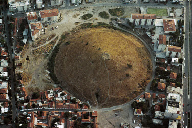 The Maltepe tumulus close to the hellenistic town of Pergamon. The burial site is believed to contain the graves of the Pergamon royal family or high-ranking Roman officials and dates from the 1st and...