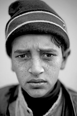 Thirteen-year-old Ohmar Hefeez was trapped under a collapsed house during the 2005 Kashmir earthquake. Ohmar recalls, 'The house fell down on my leg'. He had to spend almost three months in hospital a...