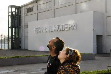 Young Turks by 'Istanbul Modern' , the city's new Twentieth Century art museum housed in a former warehouse adjacent to the Bosphorus.