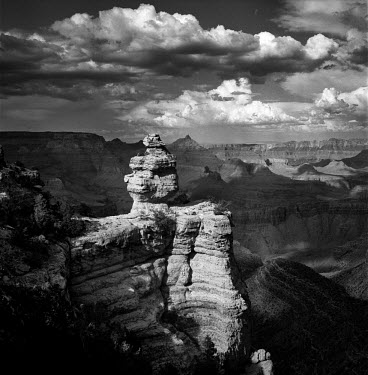 A rocky landscape in the Grand Canyon National Park.