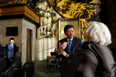 Discussion between the Chinese Ambassador to the  Conference on Disarmamen Wu Haitao and the American Ambassador Laura Kennedy following the end of the first plenery session of the year. The Confere...