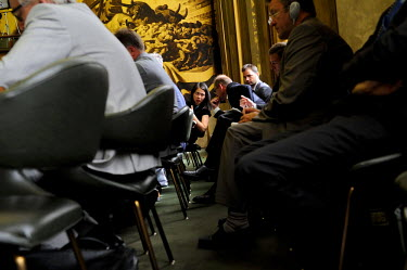 French diplomats confering during the Fench Presidency of the Conference on Disarmament. The discussion centred around security guarantees for non-nuclear states (negative security assuarances), inclu...