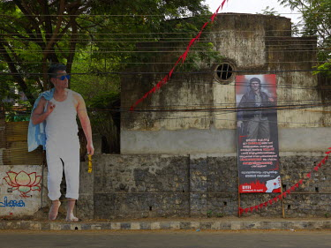 Tamil Tollywood film actor Vikram and a poster of  Che Guevara.
