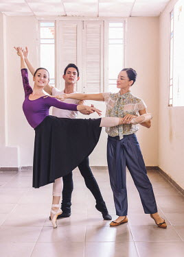 Viengsay Valdes (42, far right), Principal Ballerina and Assistant Creative Director at the Ballet Nacional de Cuba.