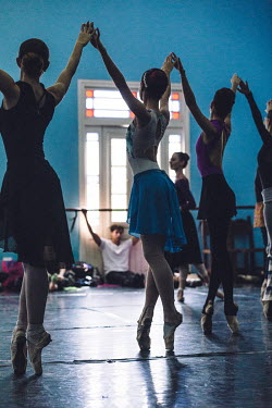 Dancers rehearse at the Ballet Nacional de Cuba.