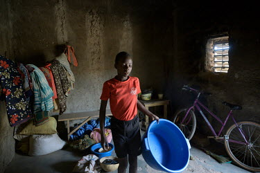 The Denro de Koudougou association offers completely free education to the poorest children. In addition to free schooling and the canteen, the Denro association provides a bicycle to each student to...