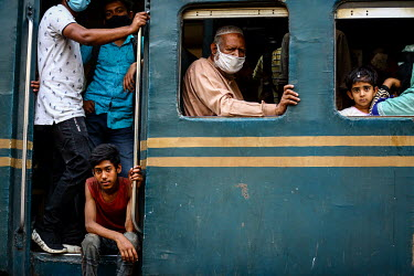 A crowded carriage at Kamalapur Railway Station (officially known as Dhaka railway station).