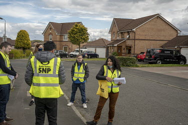 Roza Salih (right) with a team of Scottish National Party (SNP) candidates and volunteers canvassing and posting leaflets for the May 2021 Scottish Parliament elections. Roza is an Iraqi Kurd who came...