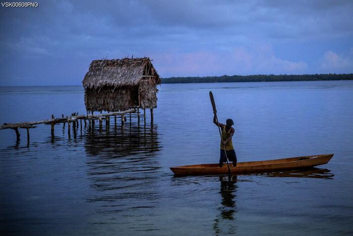 Mutiny on Manus